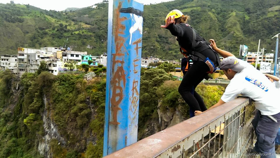 Bridge jumping (puenting)